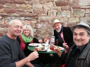Musik vom Trio Finale XL beim Italienischen Markt auf dem Schlossplatz