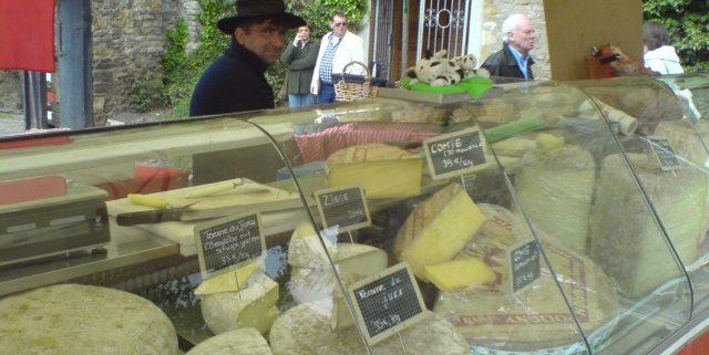 Käsestand - Französischer Markt